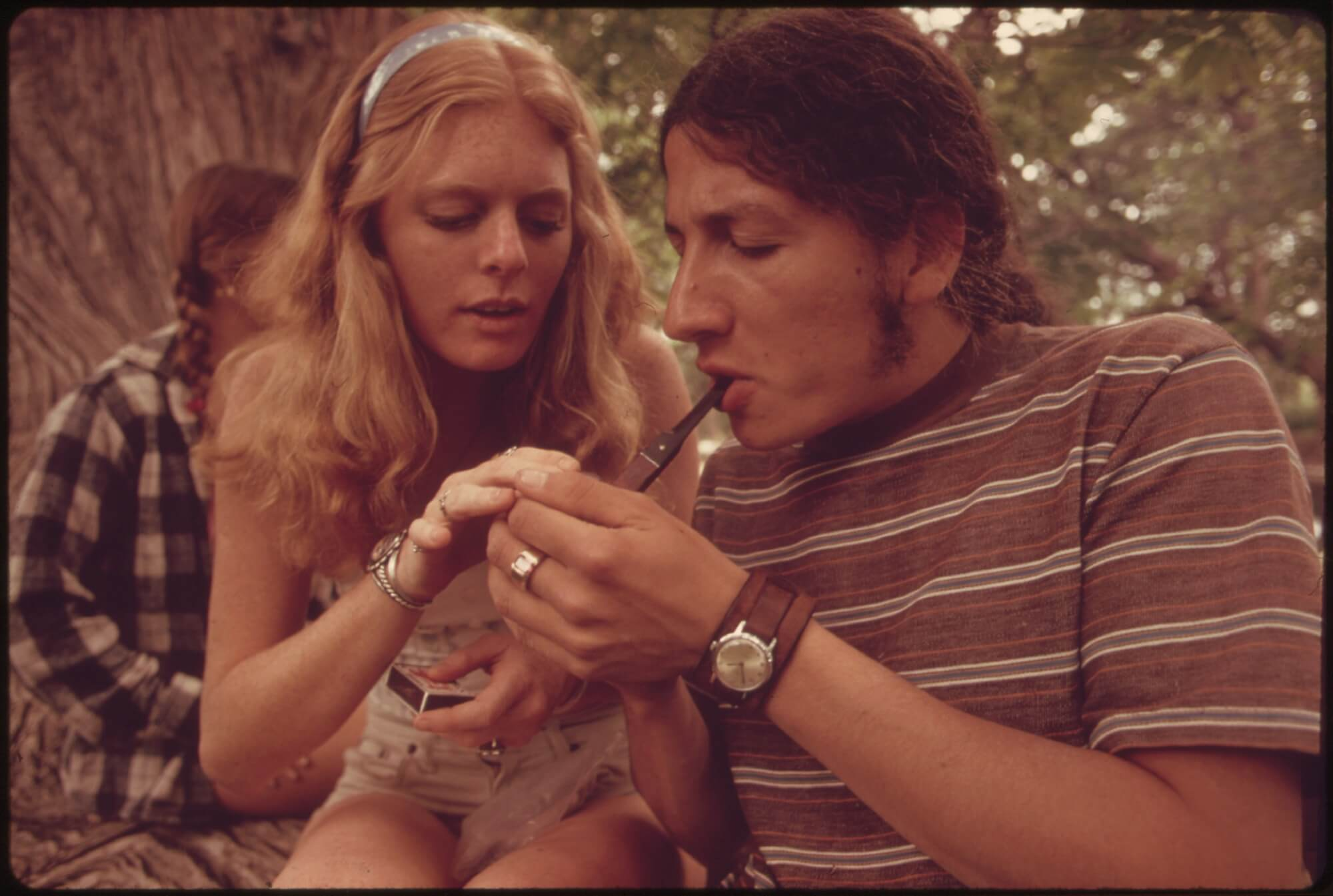 3 Important Reasons To Smoke Weed With Your Partner